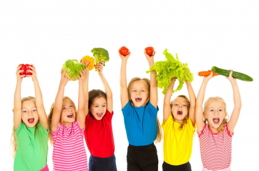 Kids-with-Veggies-890x590